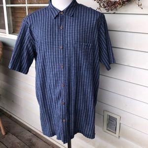 Patagonia SS button down shirt.  Men's XXL.